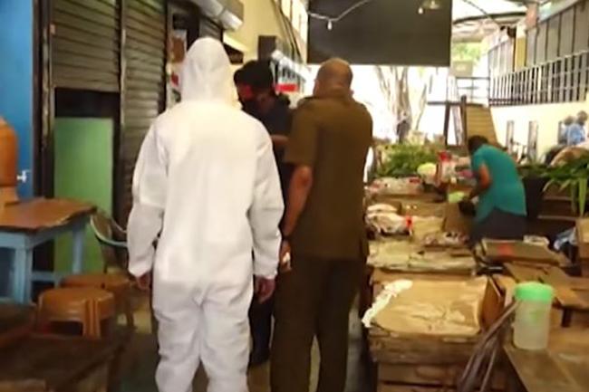 Nugegoda market closed off after two vendors test positive for coronavirus