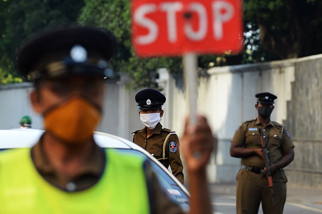 Curfew for more police areas in Colombo, Kalutara districts