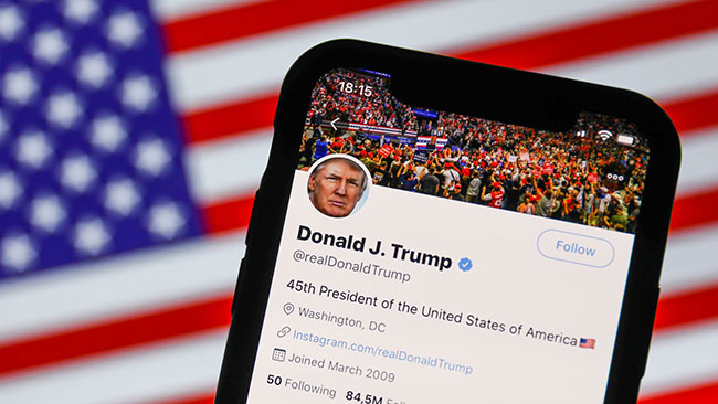 Twitter, Facebook flag Trump posts on U.S. election eve