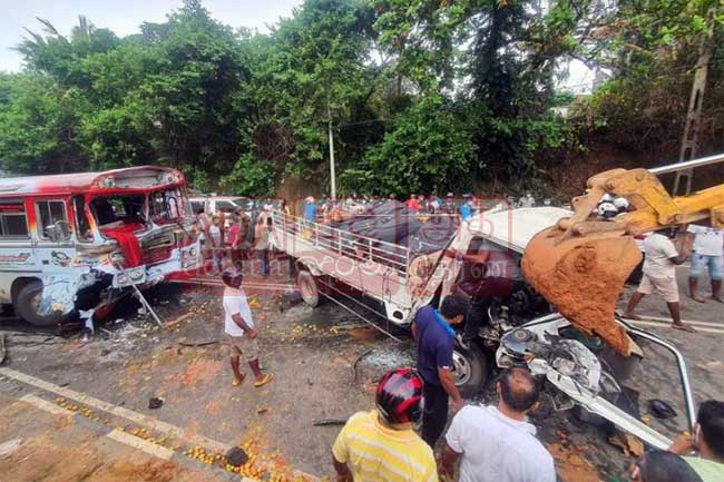 One dead, several injured in fatal collision in Matara
