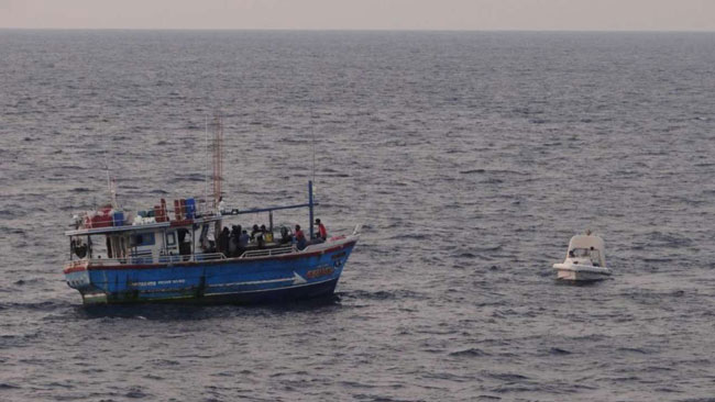 Sri Lankan boat with 100kg heroin seized by Indian Coast Guard