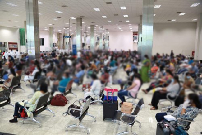 Over 400 Sri Lankan expats return from four countries