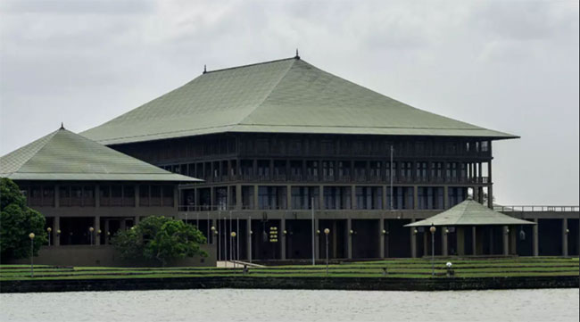 No staff members of Parliament have tested Covid-19 positive – SG