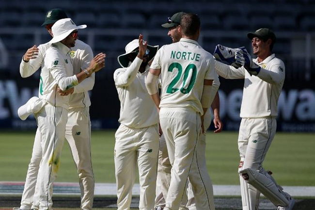 South Africa seal victory and 2-0 series win despite Dimuth Karunaratne's battling hundred