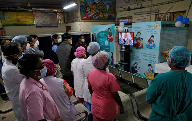 Modi kicks off India's vaccination campaign, among world's largest