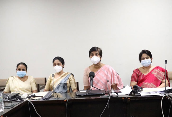 Women parliamentarians take a stand for Sri Lanka's first female DIG