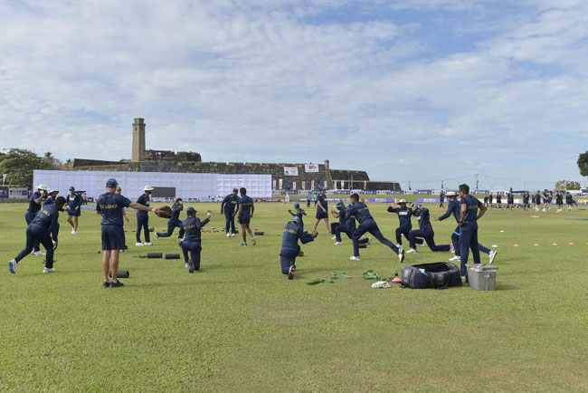 Current Sri Lanka cricketers to play Legends team in charity match