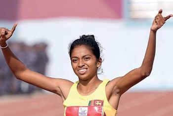 Dilshi Kumarasinghe sets new national record