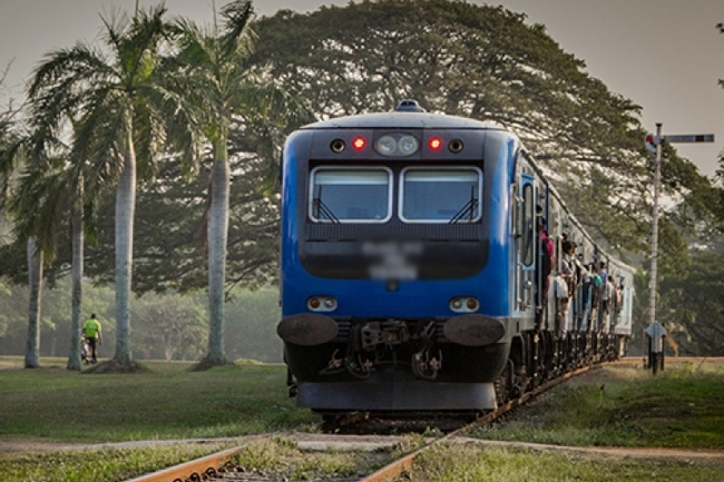 Train services disrupted on Kelani Valley line