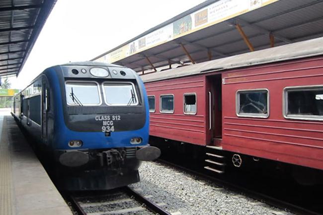 Railway trade union launches token strike