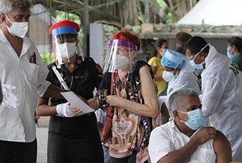 Vaccination at Vihara Maha Devi Park...