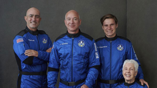 Jeff Bezos set for inaugural space voyage on New Shepard