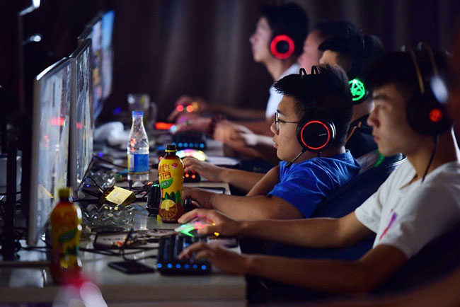 China cuts amount of time minors can spend on online games