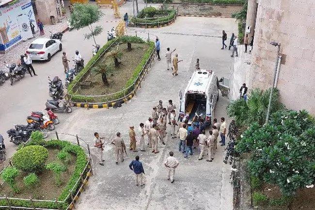 Indian gangster among three shot dead inside Delhi court