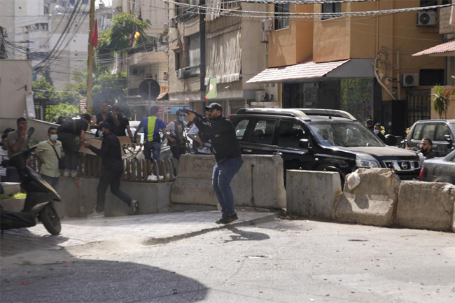 Five killed in deadly clashes in Lebanese capital