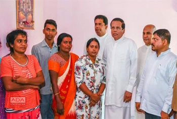 President visits Vidya's family