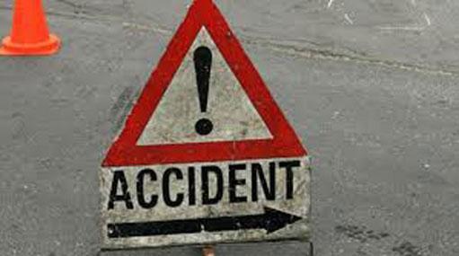 Fourteen injured in Ampara bus accident